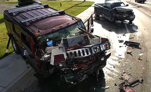 Hummer h2 accident001